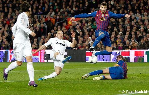 photo: http://www.footballhebdo.com/214201217580-classico-real-madrid-vs-fc-barcelone-pronostic