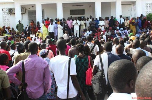 Article : Mali, les étudiants sont-ils nés pour faire la queue ?