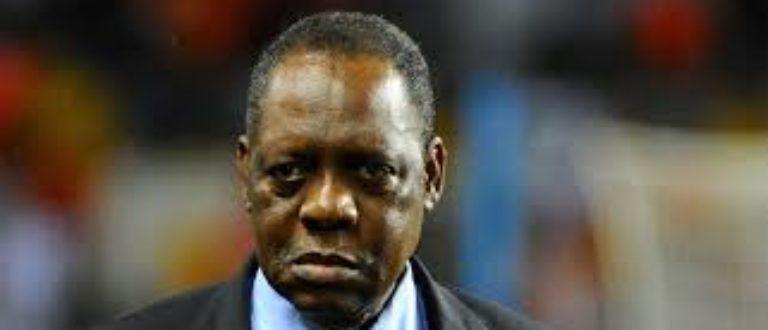 Article : CAF, jusqu'où ira Issa Hayatou ?